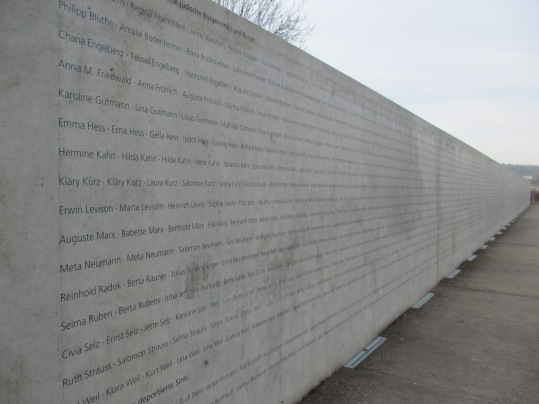 The wall with names